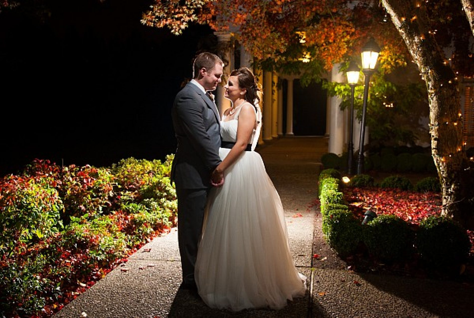 The Outstanding Wedding Photos By Professional Photographer